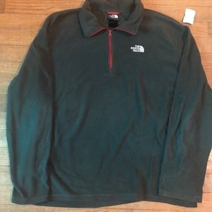 The North Face men's charcoal pullover quarter zip
